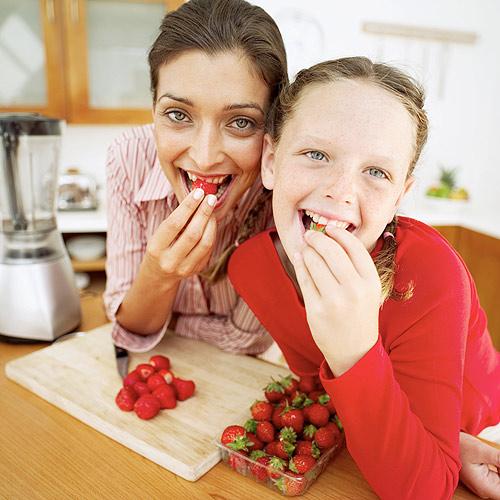 ¿Cómo hacer que los niños coman más fruta?