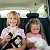 ¿Sabes cómo proteger a los 'peques' en el coche durante la 'operación salida'?