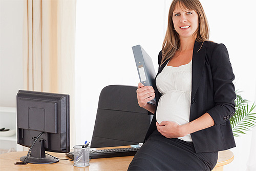 8 rights of pregnant women at work