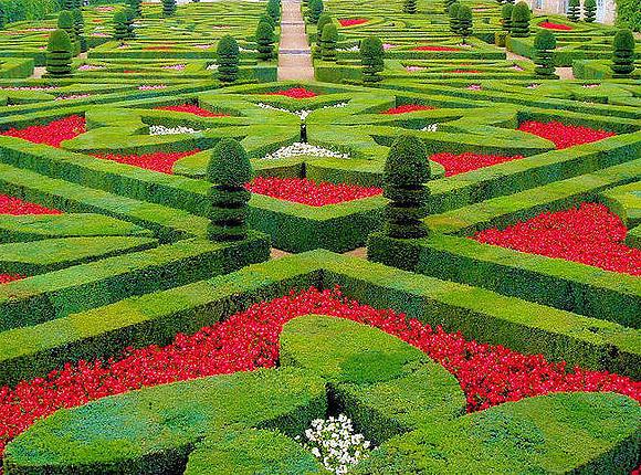 Ocio infantil jardines y parques m gicos para visitar con for Adornos para parques y jardines