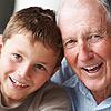 Los abuelos son los que más disfrutan de los 'peques'