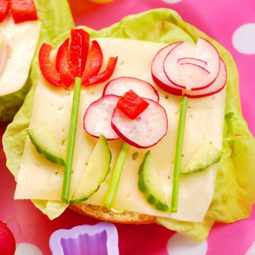 Doce ideas para hacer los platos de los ni os m s apetitosos - Decoracion de platos ...