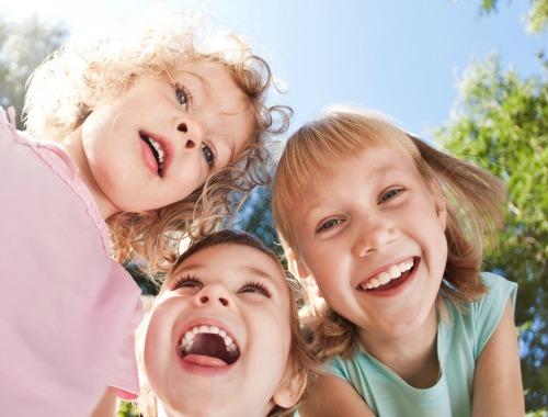 Mantén sano el pelo de los niños durante todo el verano