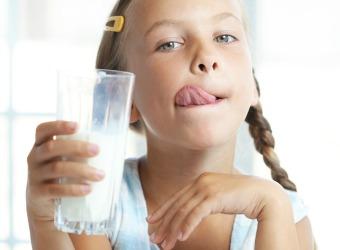 ¡Anima a los 'peques' a beber leche todos los días!
