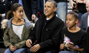 Sasha Obama dispara las ventas de un jersey 'low-cost'