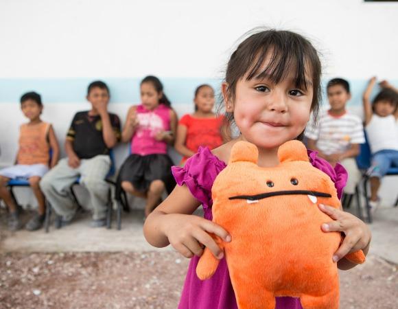 Los apadrinamientos entre niños, el nuevo proyecto de Ayuda en Acción