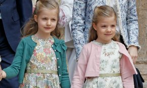 Un vestido como el de la princesa Leonor y la infanta Sofía