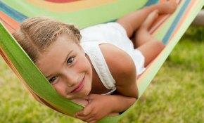 Ideas prácticas para mantener activa la mente de los niños en vacaciones