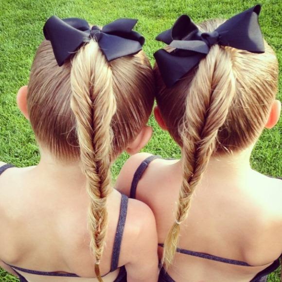 Dos gemelas de seis años, reinas de las trenzas en 'Instagram'