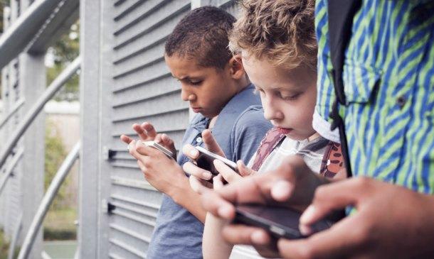 Facebook, Instagram y Twitter: Así deben utilizarlos los 'peques'