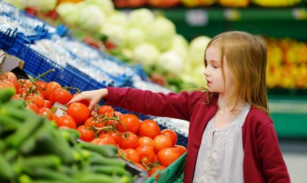 ¿Qué damos de comer a los niños cuando no pueden comer proteínas?