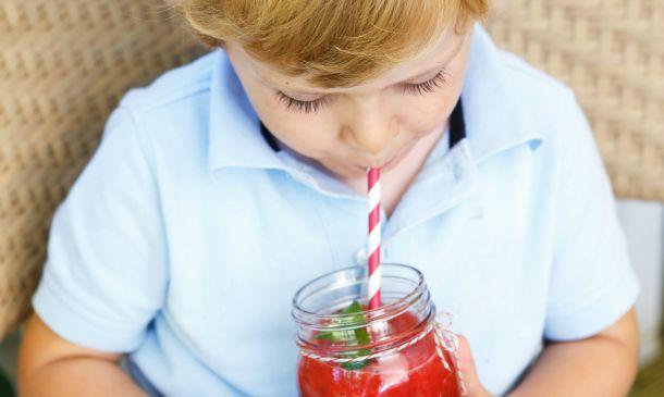 Cinco 'snacks' saludables para hacer el verano más fresquito a los niños