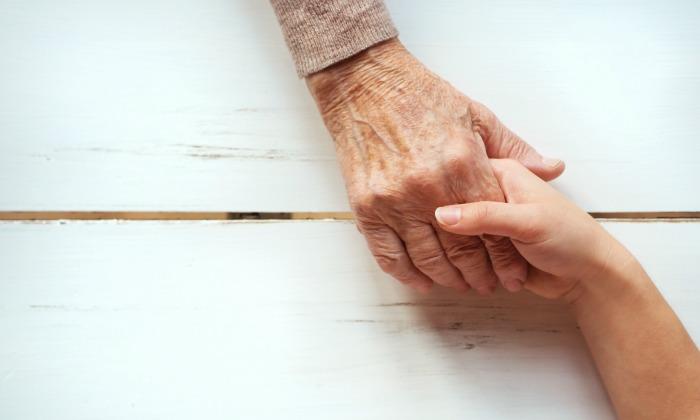 Cuando los abuelos viven lejos de los niños