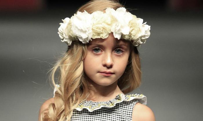 067f75600 Moda infantil  Tendencias de primavera para vestir a los niños de ...