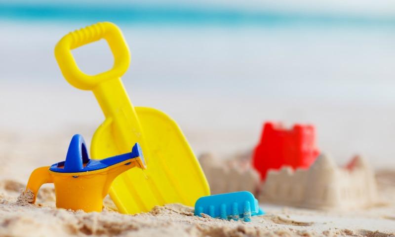 'Checklist' esencial para ir a la playa con los niños