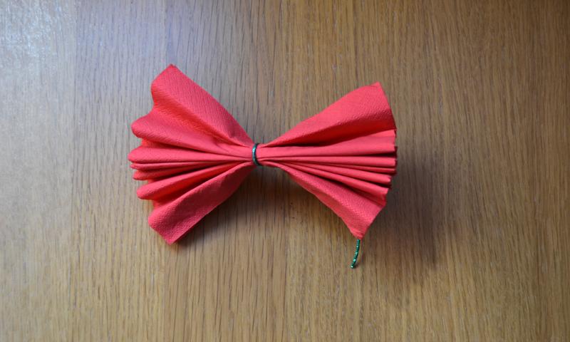 D selo con flores aprende a hacer rosas con servilletas - Origami con servilletas ...