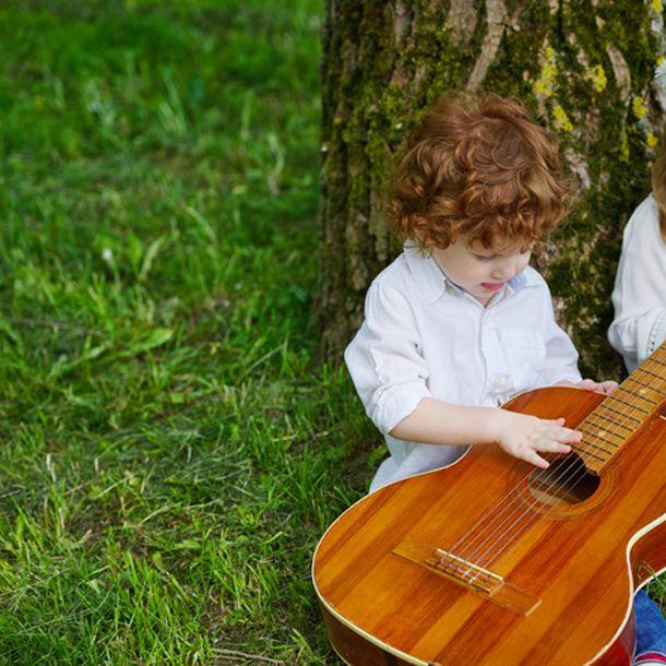 Las canciones infantiles favoritas de los ni os en for Cancion infantil hola jardin