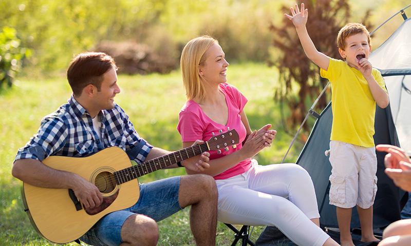 Rememora momentos con tus hijos con las canciones infantiles de la EGB