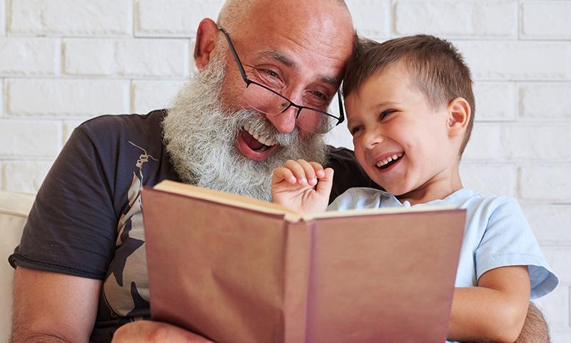 Las mejores canciones infantiles para dedicar a los abuelos