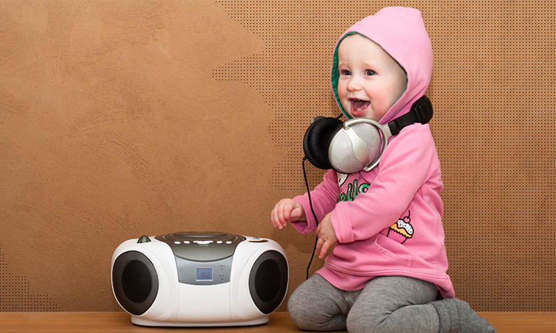 Incita a tu bebé a bailar con música alegre