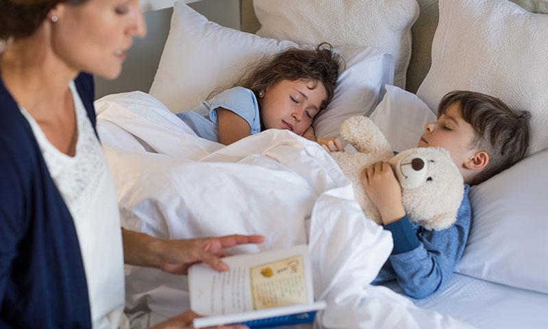 Haz que tus hijos duerman felices con estos cuentos cortos