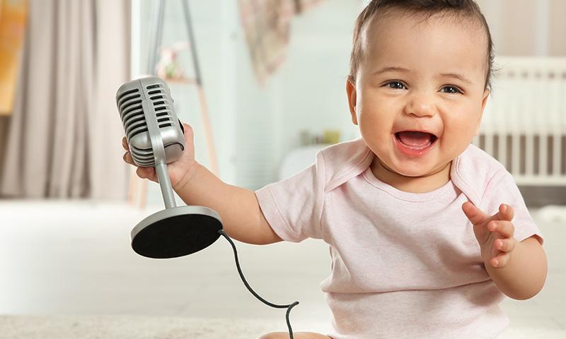 Si tu bebé llora, cálmalo con estas canciones infantiles
