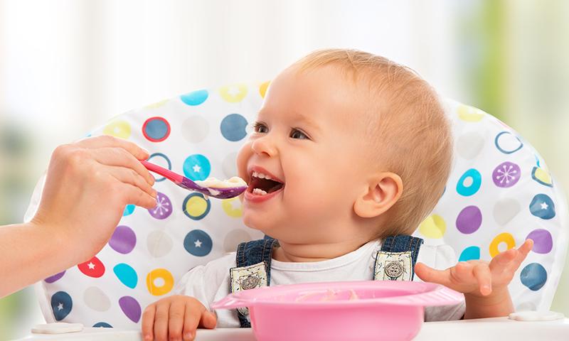 Estimula el apetito de tu hijo con estas canciones infantiles para la hora de comer