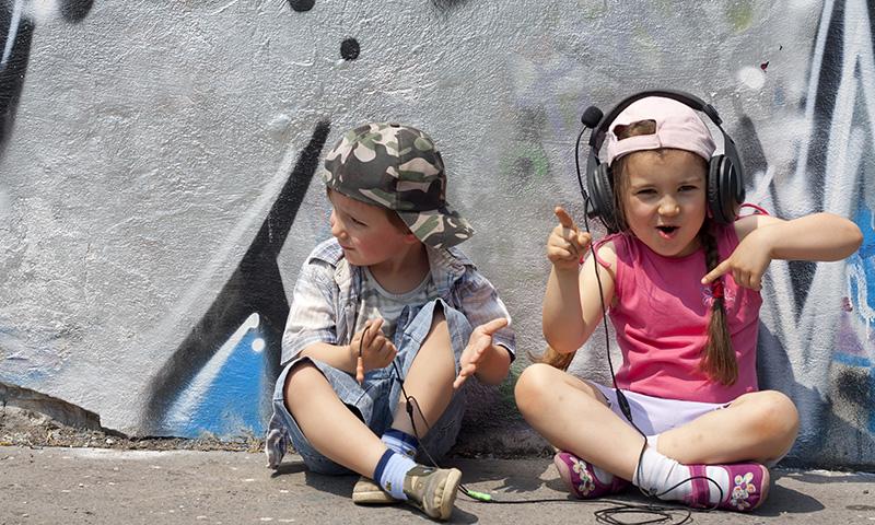 ¡Rapea junto a tus hijos con estas atrevidas canciones infantiles!