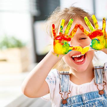 Conocer los colores a trav s de estas canciones infantiles for Cancion infantil hola jardin