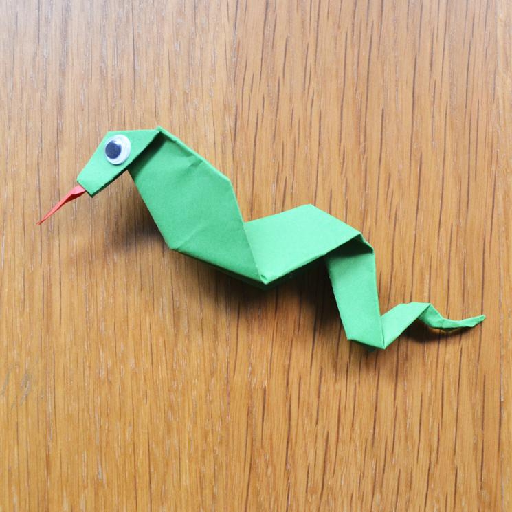 Manualidades para ni os c mo hacer una serpiente de papel - Manualidades para ninos con papel ...
