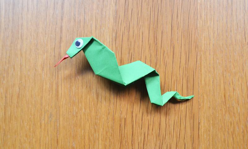 Manualidades para ni os una divertida serpiente de papel - Como se hace manualidades ...
