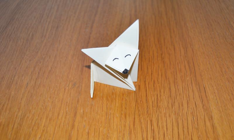 Enseña a tu hijo que hay vida más allá de las consolas con esta divertida figurita de papel