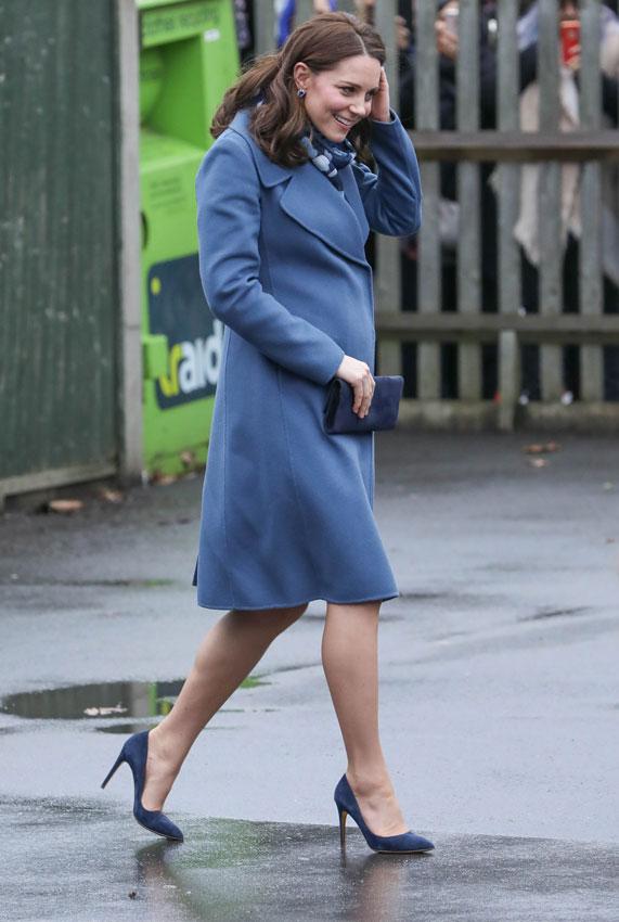 d70c86bb3 El último vestido premamá de Kate Middleton cuesta menos de 100 ...