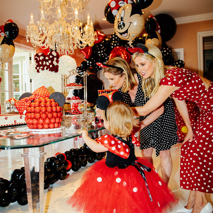 Fiesta Minnie Mouse Hija De Nicky Hilton