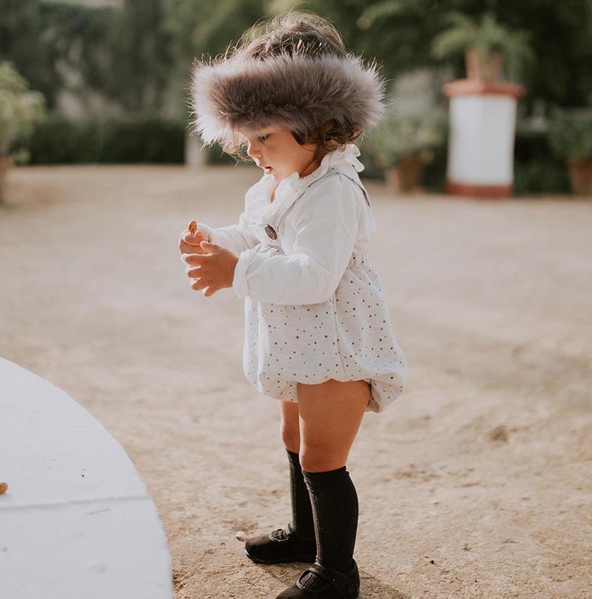 07223f63b Cinco firmas españolas con las que vestir a tu bebé - Foto