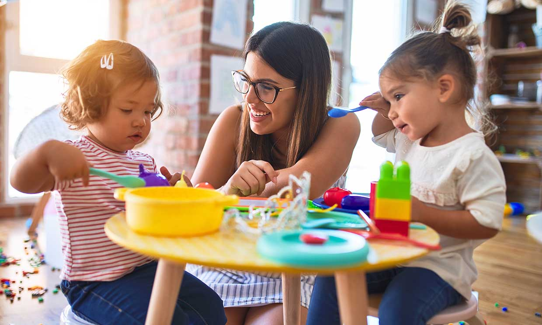 ¿Puede influir la personalidad de tu signo del Zodiaco en el tipo de educación de los hijos?