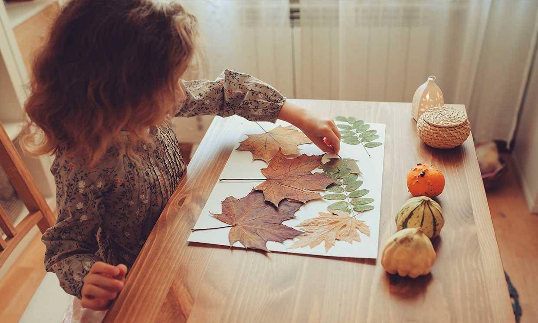 El 'scrapbooking': un artístico 'collage' con recuerdos de familia para hacer con niños