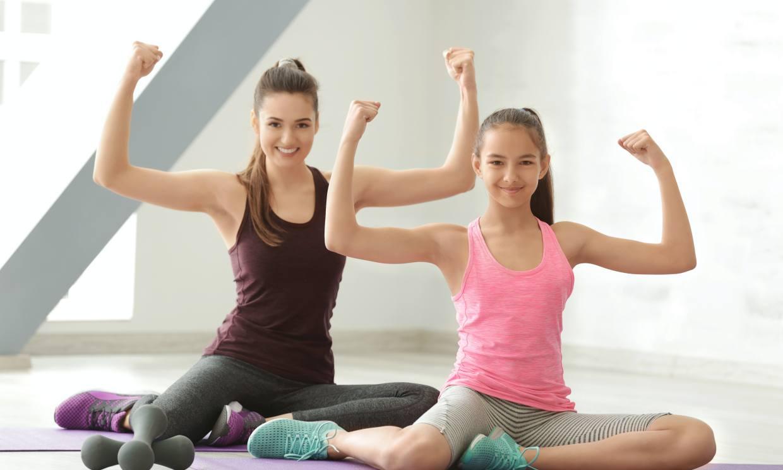 Rutina de ejercicios para que los adolescentes entrenen en casa