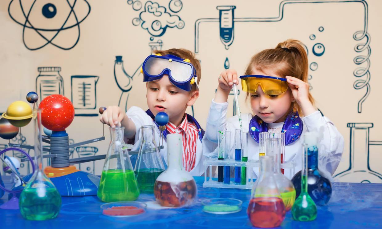 Jugando a ser científicos