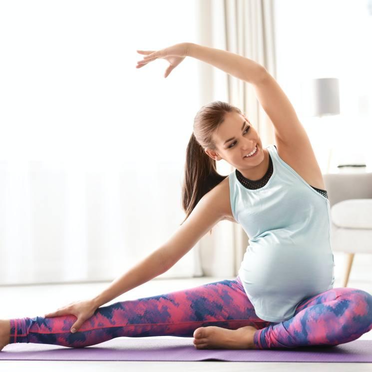 como hacer yoga cuando estas embarazada