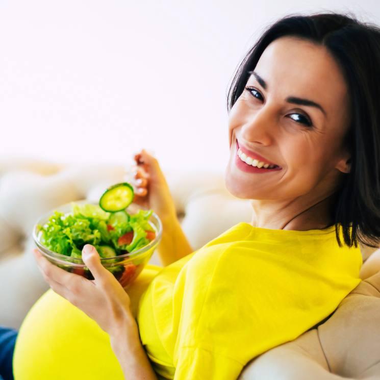 como aliviar vomitos en el embarazo