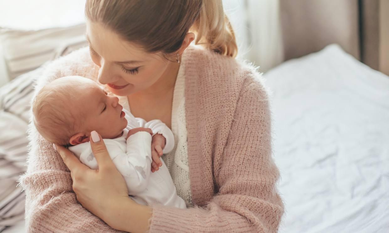 ¿Qué cuidados necesitan los recién nacidos durante la cuarentena?