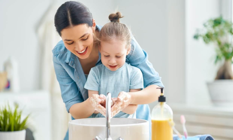 Hacer vuestro propio jabón, una manualidad muy divertida