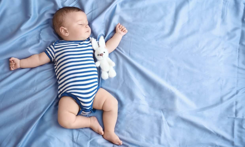 Con estos trucos infalibles, lograrás que tu bebé duerma en verano