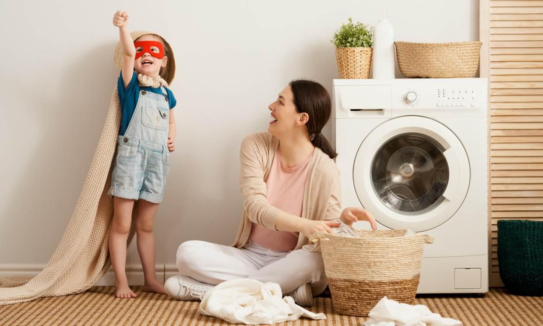 Rutina de limpieza para desinfectar la ropa y los juguetes de los más pequeños