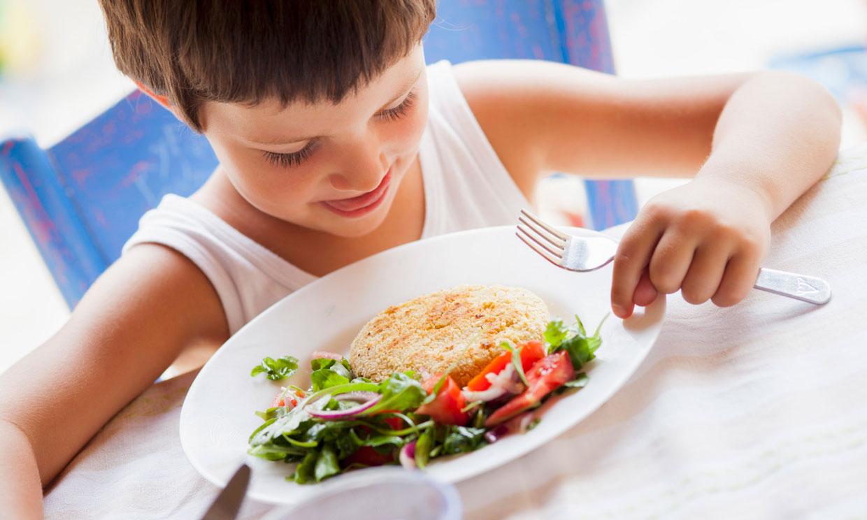 Probióticos, legumbres… 7 consejos para una buena alimentación durante el curso escolar