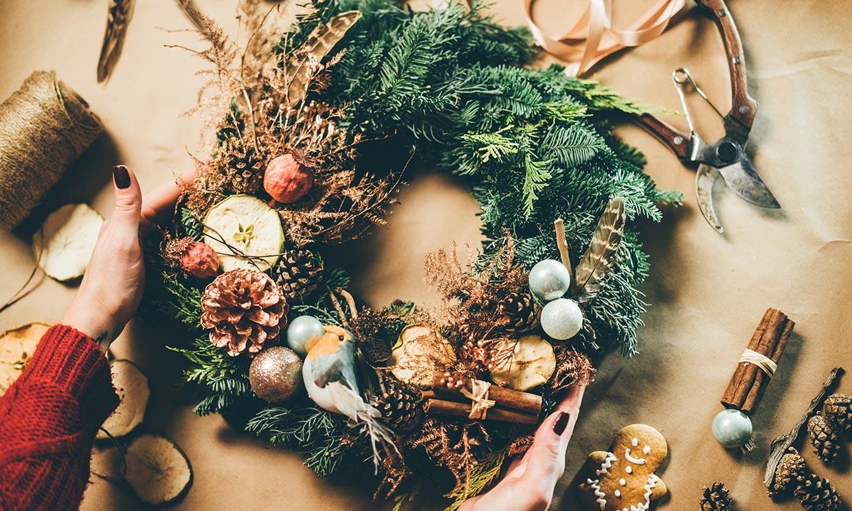 Ideas para preparar las coronas de Navidad más originales con los niños