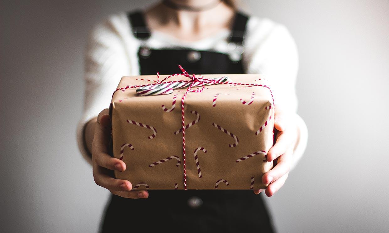'Mi hijo solo quiere dinero por Navidad, ¿es bueno que reciba otros regalos?'