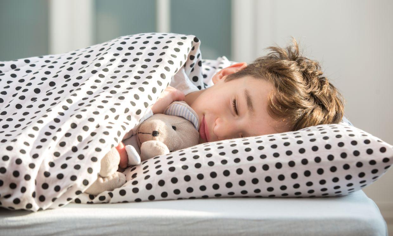 Enuresis nocturna: ¿cuándo dejará el pañal para dormir?