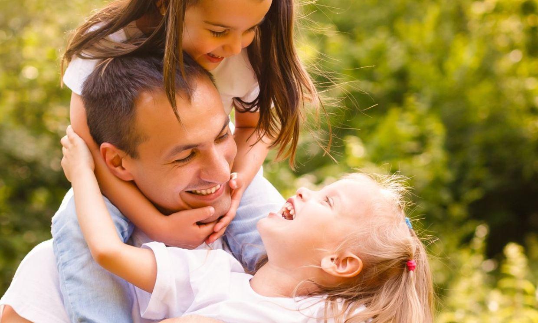 ¿Podemos educar a los niños para que sean felices?